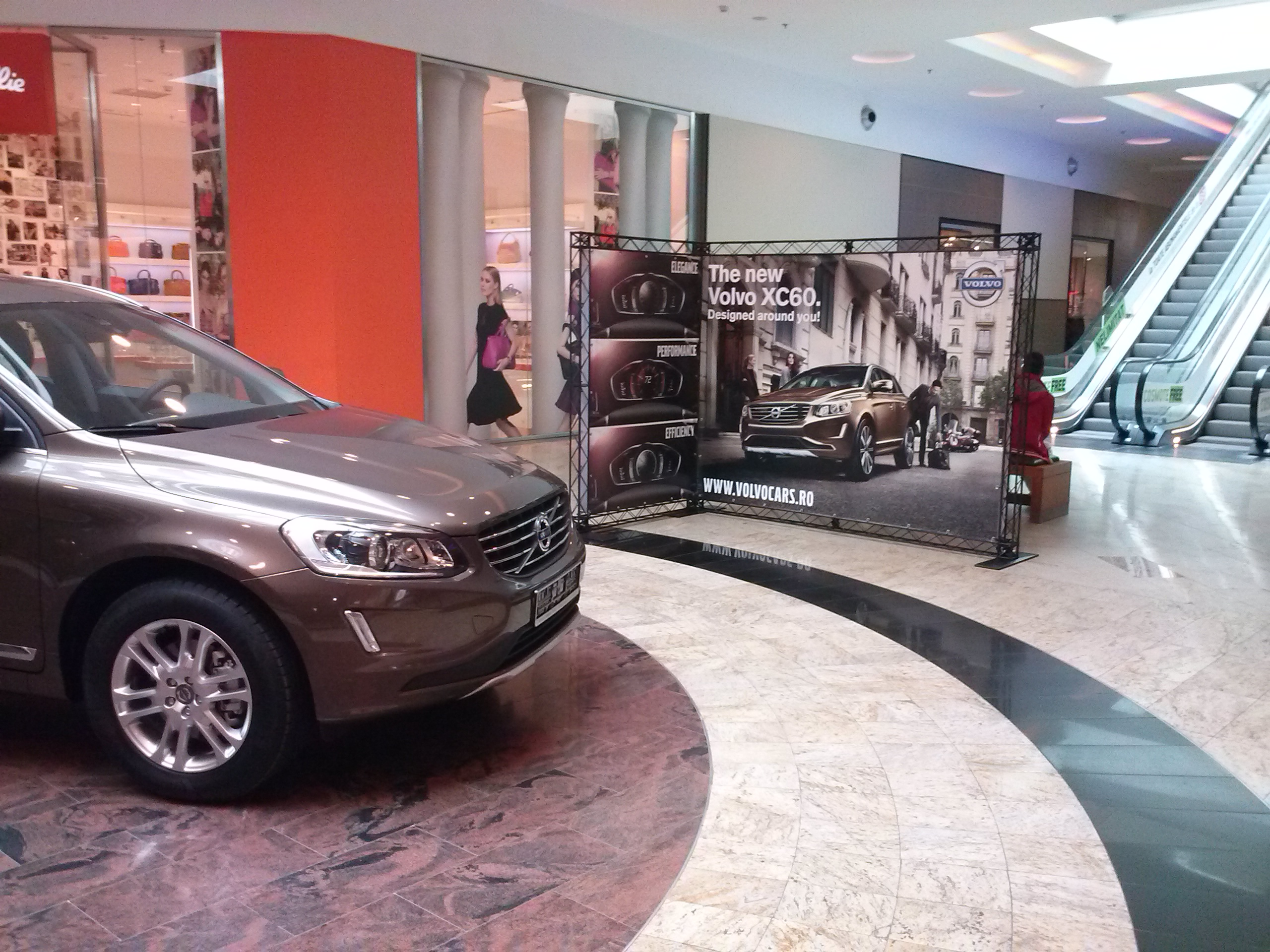 Amenajare Showroom - Volvo