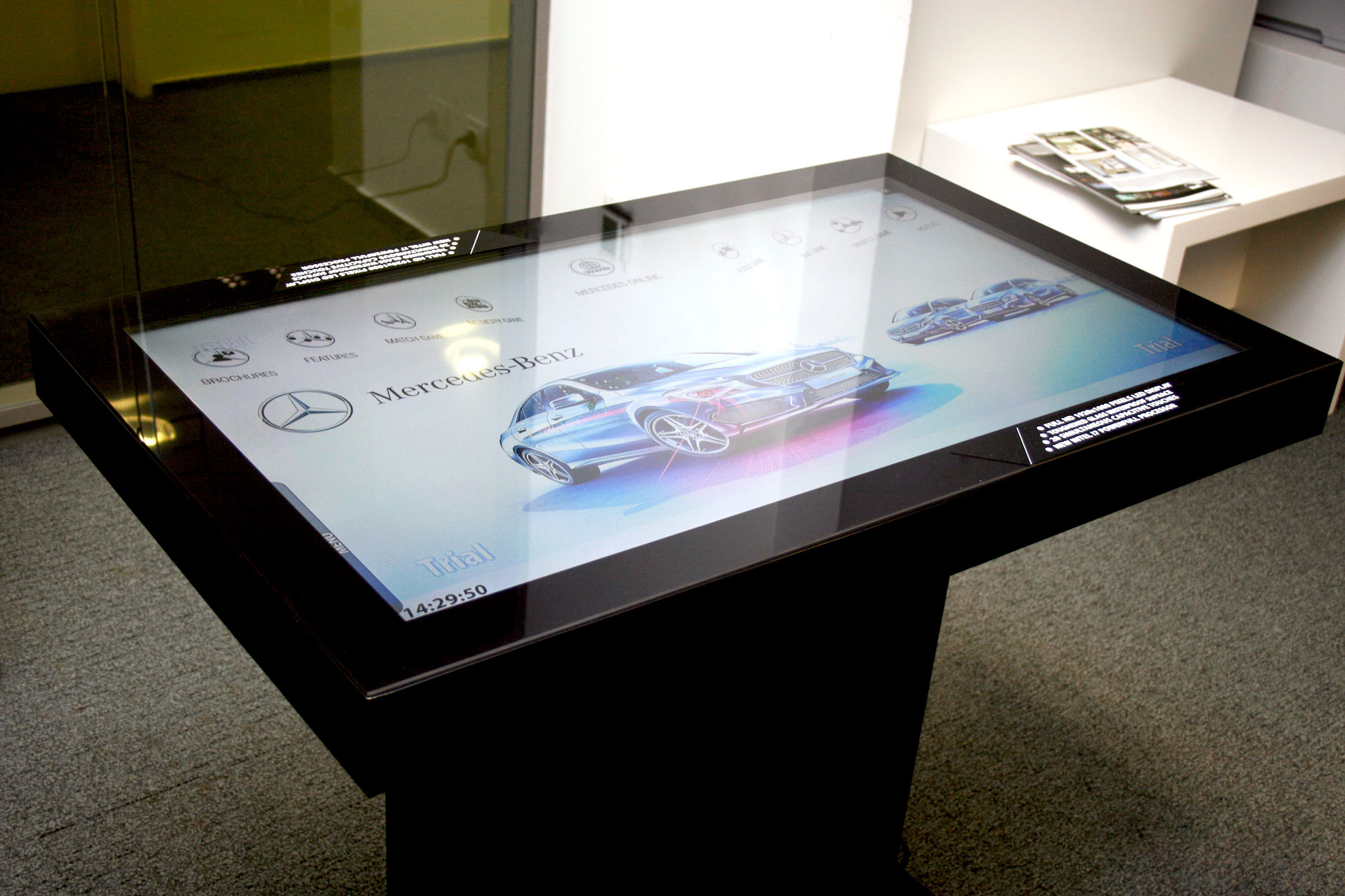 40 Inch Touch Table